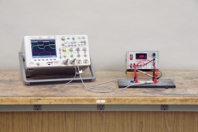 64 54 -- RC circuit to oscilloscope